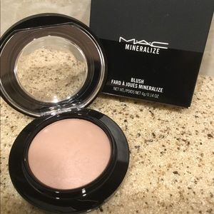 Mac Mineralized Blush, Cosmic Force, NIB